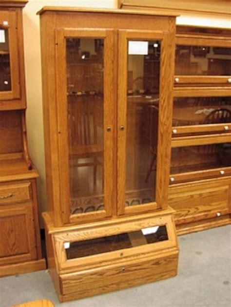 How to build a wooden gun cabinet Image