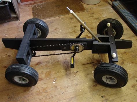 How to build a wooden pedal car Image