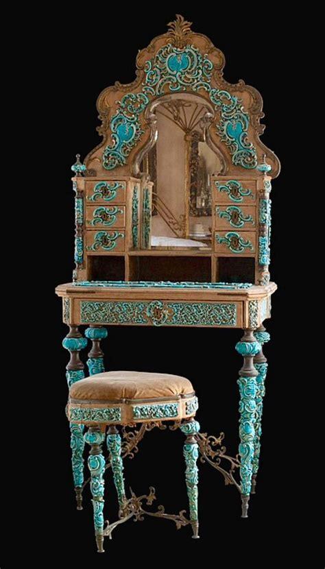 How to build art nouveau furniture Image