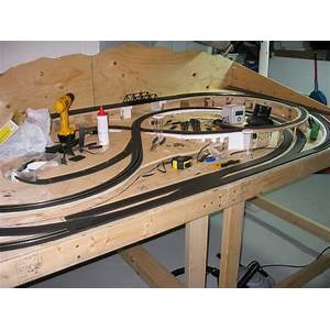 How to build toy train table secrets