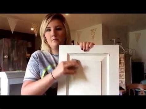 How to distress chalk paint how to create a shabby chic furniture finish from bamtilly uk Image