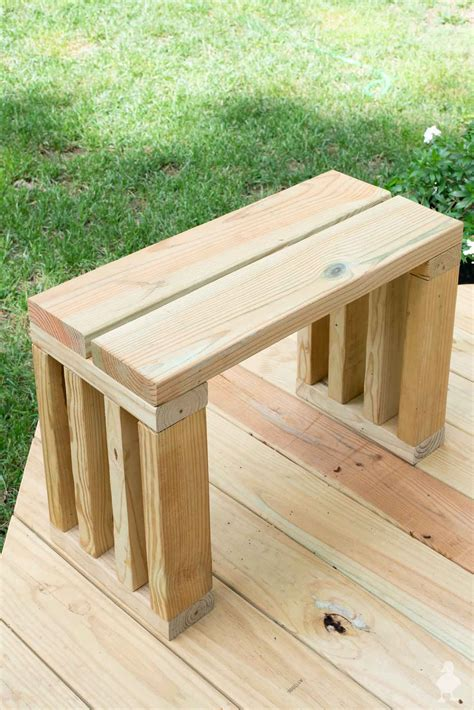 How to make a wooden bench seat Image