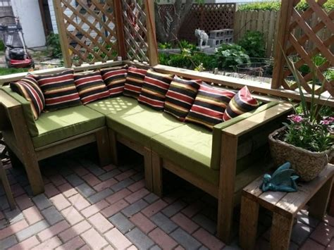 How to make your own outdoor furniture Image