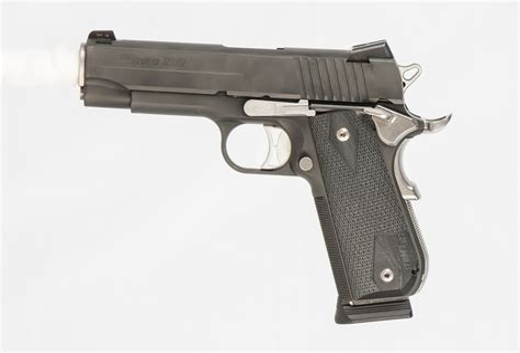 Sig-Sauer Http Www.guns.com 2012 02 25 Sig-Sauers-Latest-1911-The-Fastback.