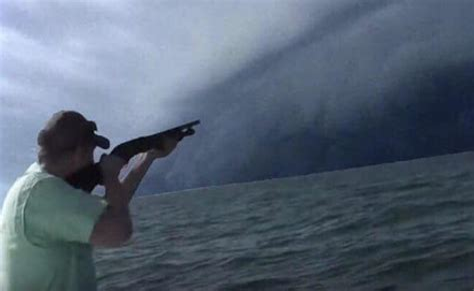 Hurricane Harvey Drunk Texan Shoots Shotgun