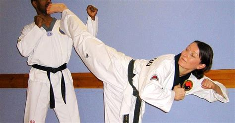 In Taekwondo Do You Have To Fight Someone In Training