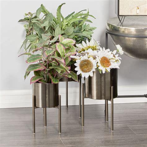 Indoor planter stand Image
