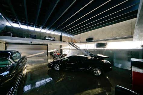 Japanese garage design Image