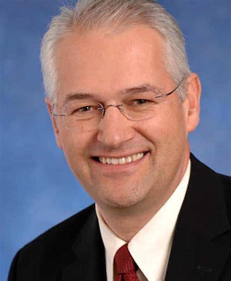 Jonathan Browning - Wikipedia