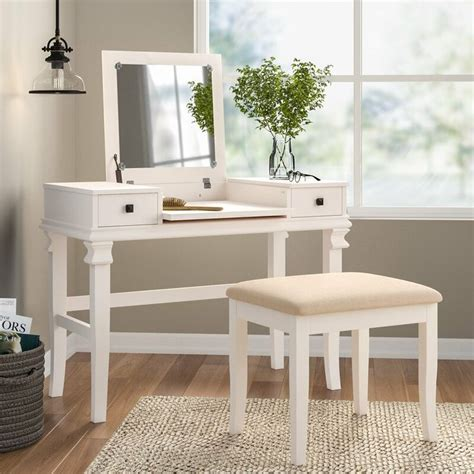 Kilmarnock Vanity Set with Mirror
