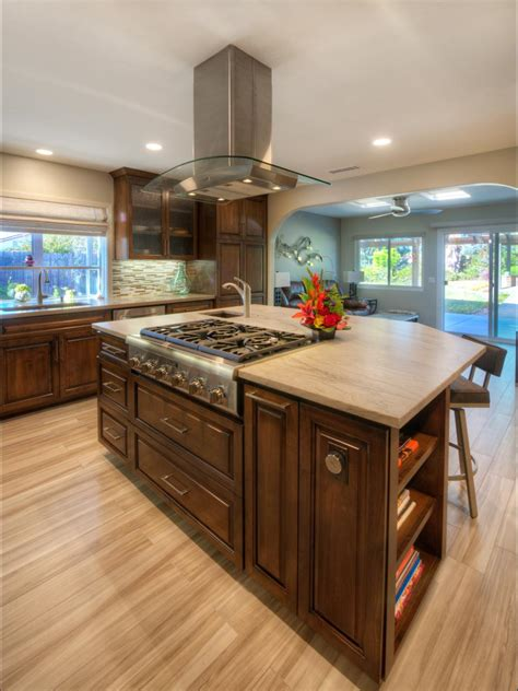 Kitchen Island Designs With Cooktop