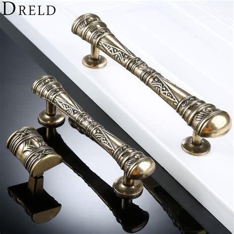 Knobs and pulls knobs and pulls for furniture Image