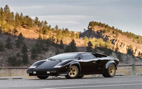 Lamborghini Countach Pics HD Wallpapers Download free images and photos [musssic.tk]