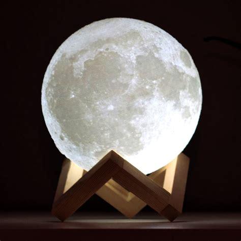 Lampe Mond