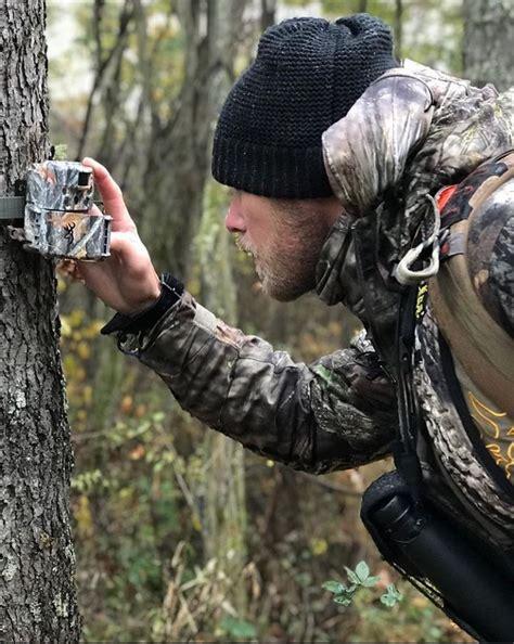 Late Rifle Season Bow Hunting Tips