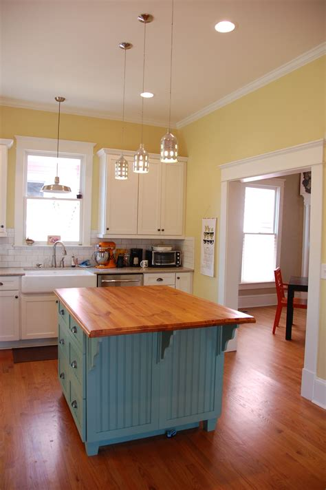 Light Yellow Kitchen Iphone Wallpapers Free Beautiful  HD Wallpapers, Images Over 1000+ [getprihce.gq]