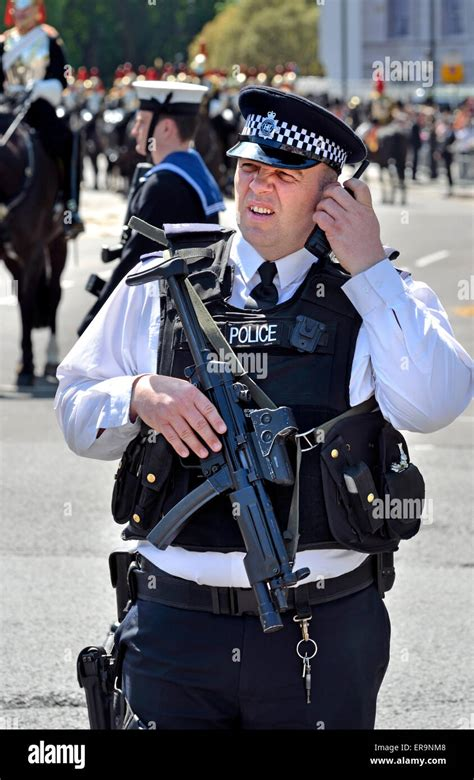 London Police Mp5 And Mp4 Mp5 Sony Made In Japan