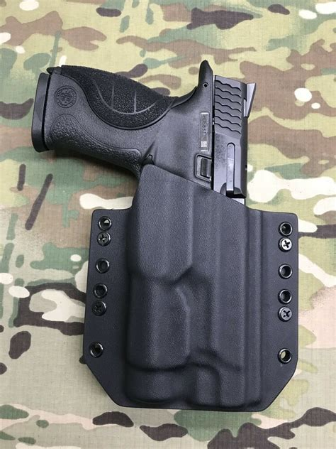 M P 40 Holster With Light