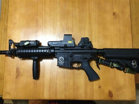 M4 With Eotech 552