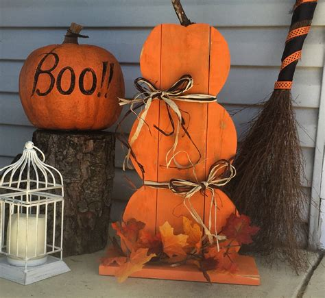 make a wooden halloween pumpkin woodworking project Image