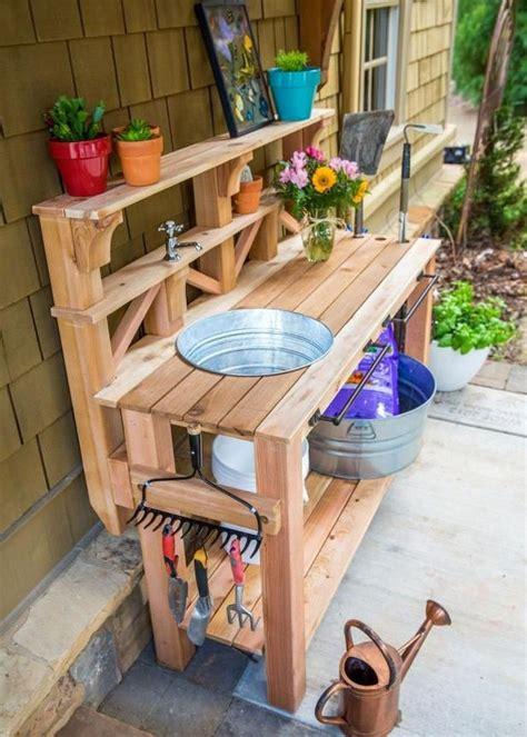 Make a potting bench Image