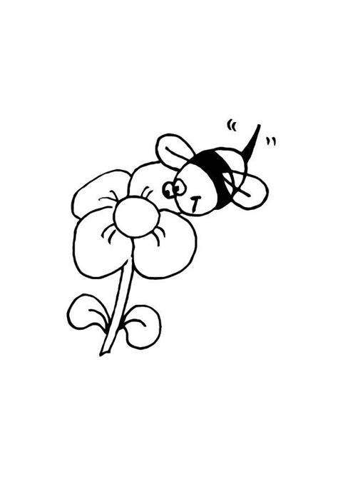Malvorlage Biene Und Blume