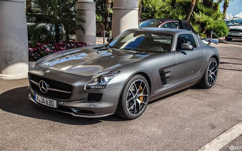 Mercedes Benz Sls Amg Pics HD Wallpapers Download free images and photos [musssic.tk]
