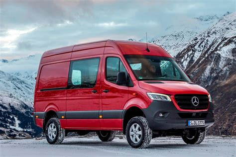 Mercedes Benz Van Pictures HD Wallpapers Download free images and photos [musssic.tk]