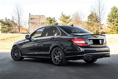 Mercedes C63 Amg Pictures HD Wallpapers Download free images and photos [musssic.tk]