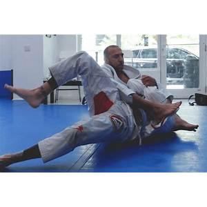 Mma jiu jitsu self defense for the streets jiu jitsu self defense for the streets, how to self defence classes, learn martial arts at home cheap