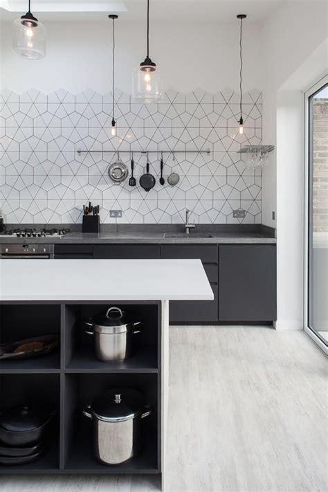 Modern White Kitchen Backsplash Ideas