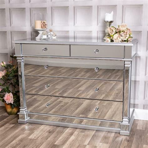 Modern Chest Of Drawers With Mirror Image