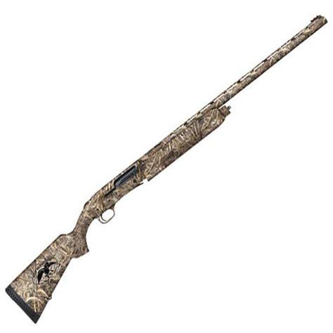 Mossberg Duck Commander 12 Gauge Shotgun