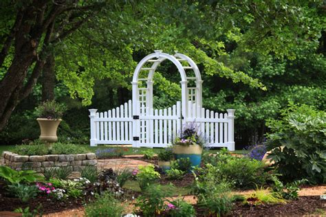Nantucket arbor with gate Image