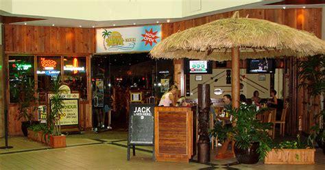 Oahu Bars Nightclubs Memorialized Tasty Island