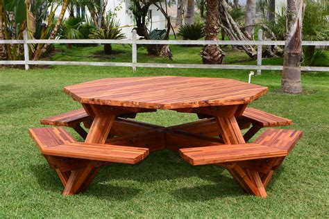 Octagon wood picnic table Image