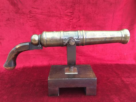 Old British Rifles Long Barrel With Gold Swivel Handle