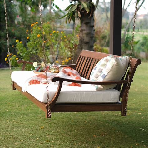 Oystercatcher Patio Daybed with Cushion