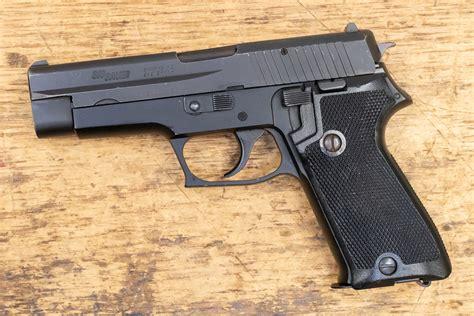 Sig-Sauer P220 Sig Sauer 9mm.
