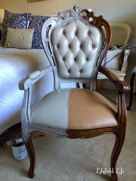 Paint leather chair diy Image
