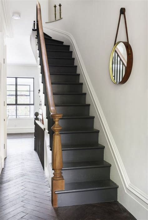 Painted Stairs Design Ideas