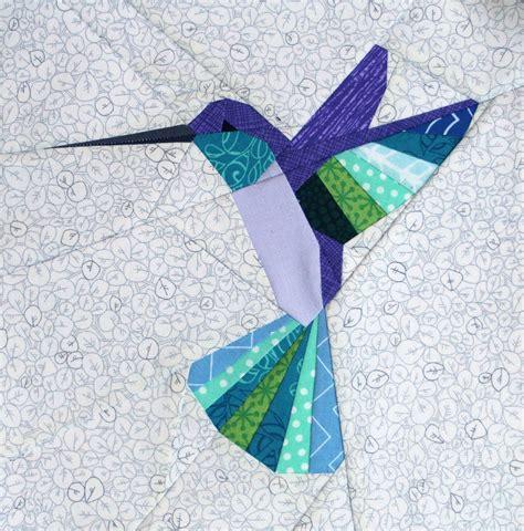 Paper pieced hummingbird pattern Image