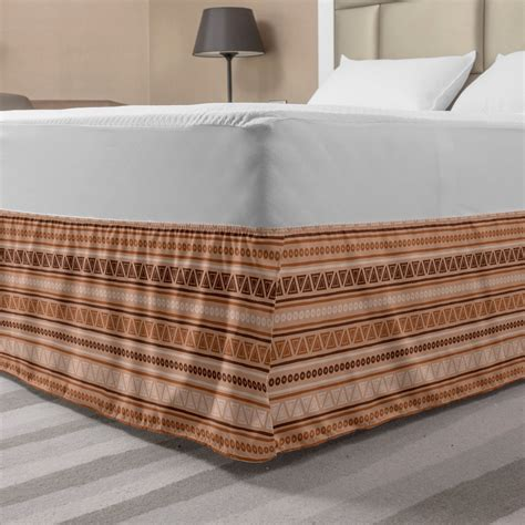 Patterns bed skirt Image