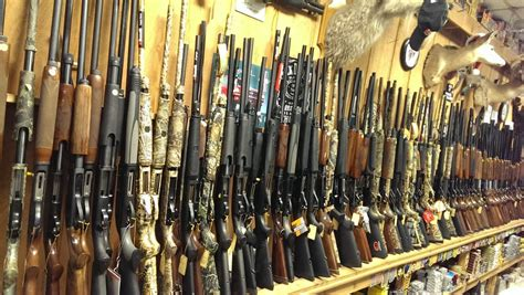 Pekin Guns And Ammo