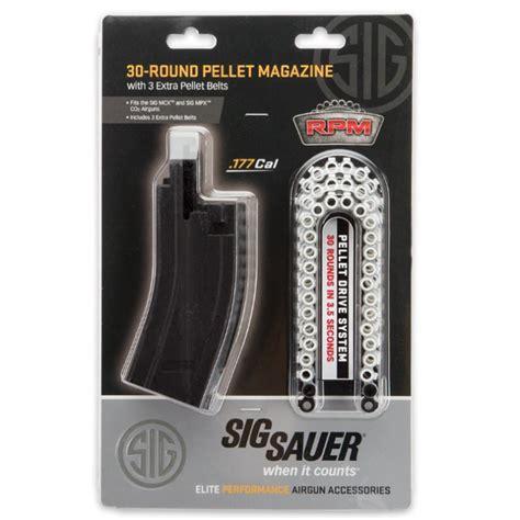 Pellet Gun With Full Size Belt Magazine