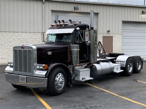 Peterbilt 379 Pics HD Wallpapers Download free images and photos [musssic.tk]
