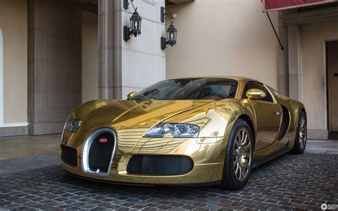 Pictures Of A Bugatti Veyron 16 4 HD Wallpapers Download free images and photos [musssic.tk]