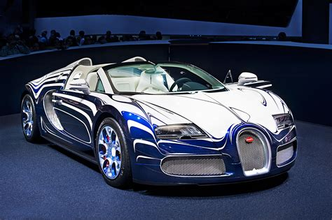 Pictures Of Bugatti Veyron HD Wallpapers Download free images and photos [musssic.tk]