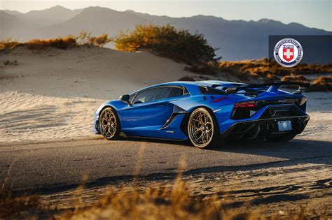 Pictures Of Lamborghini Aventador HD Wallpapers Download free images and photos [musssic.tk]