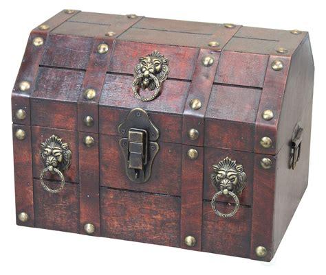 Pirate wooden treasure chest Image